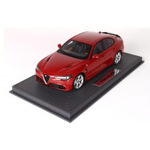 Alfa Romeo Giulia Quadrifoglio, Red Alfa - Limited 100 pcs with Display Case by BBR