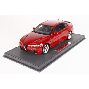 Alfa Romeo Giulia Quadrifoglio, Red Competition - Limited 100 pcs with Display Case by BBR