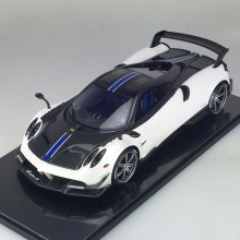 Pagani Huayra BC, White - Limited 50 pcs (Scale 1/12) by Peako